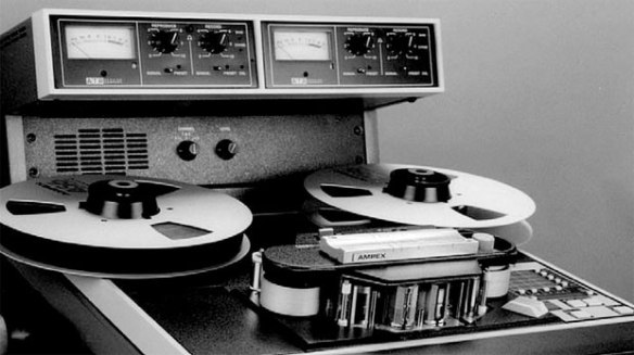 analog-tape-recorder-130718